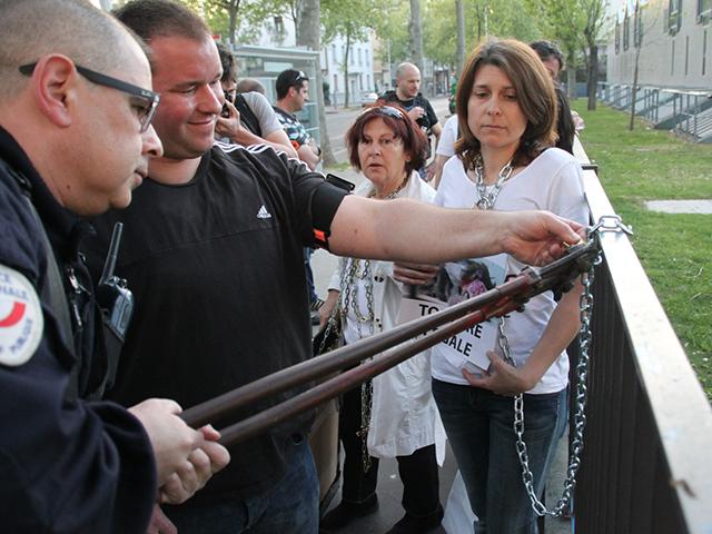 Les militants ont été délogés par les policiers - LyonMag