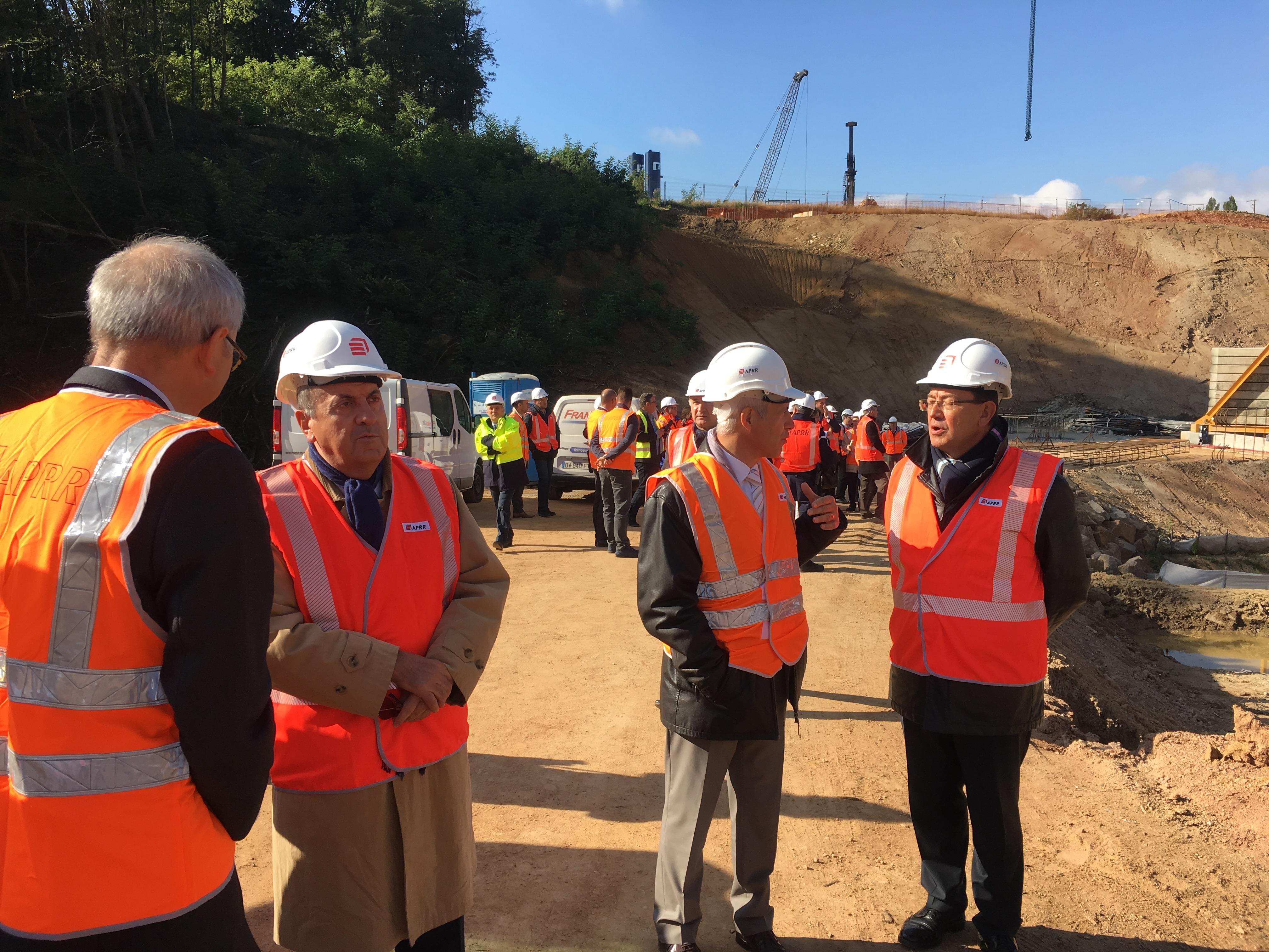 Michel Delpuech sur le chantier de la liaison A6/A89 - LyonMag