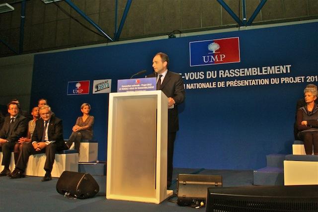 Depuis Villeurbanne, l'UMP s'attaque aux « questions taboues à Paris »