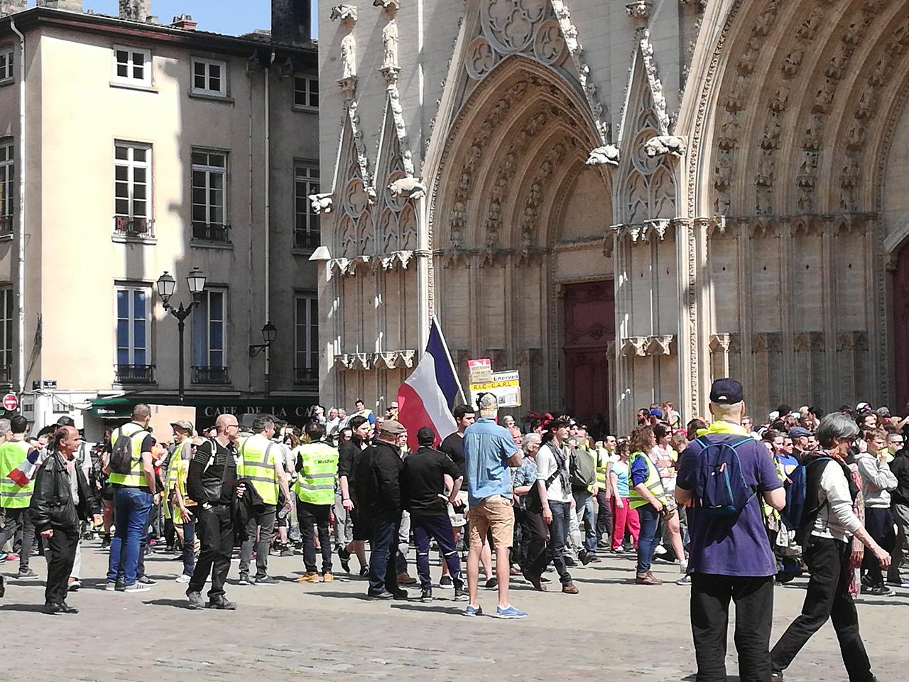 Lyon : toute petite mobilisation des gilets jaunes face au week-end de Pâques