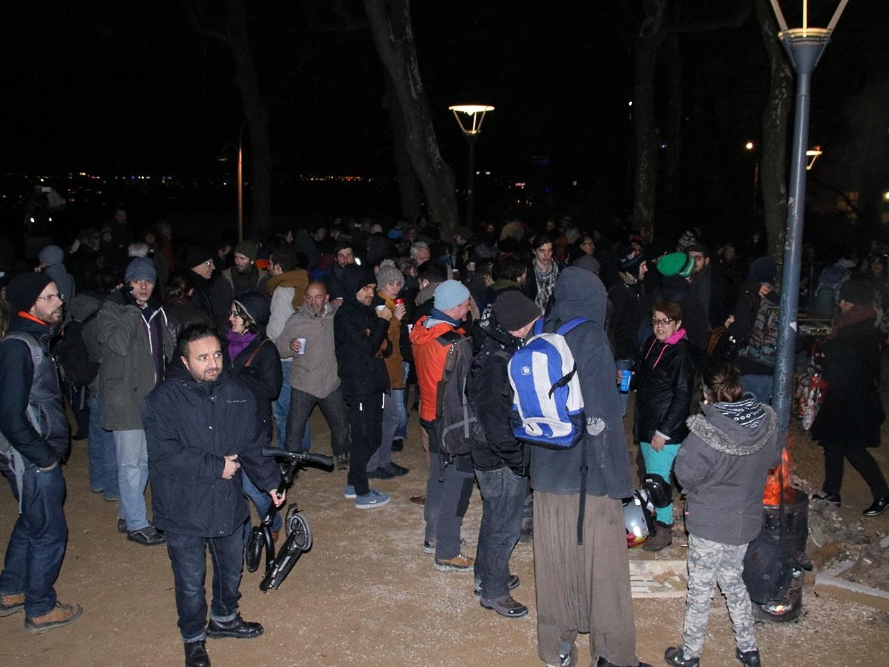 Les manifestants arrivés place Colbert - LyonMag