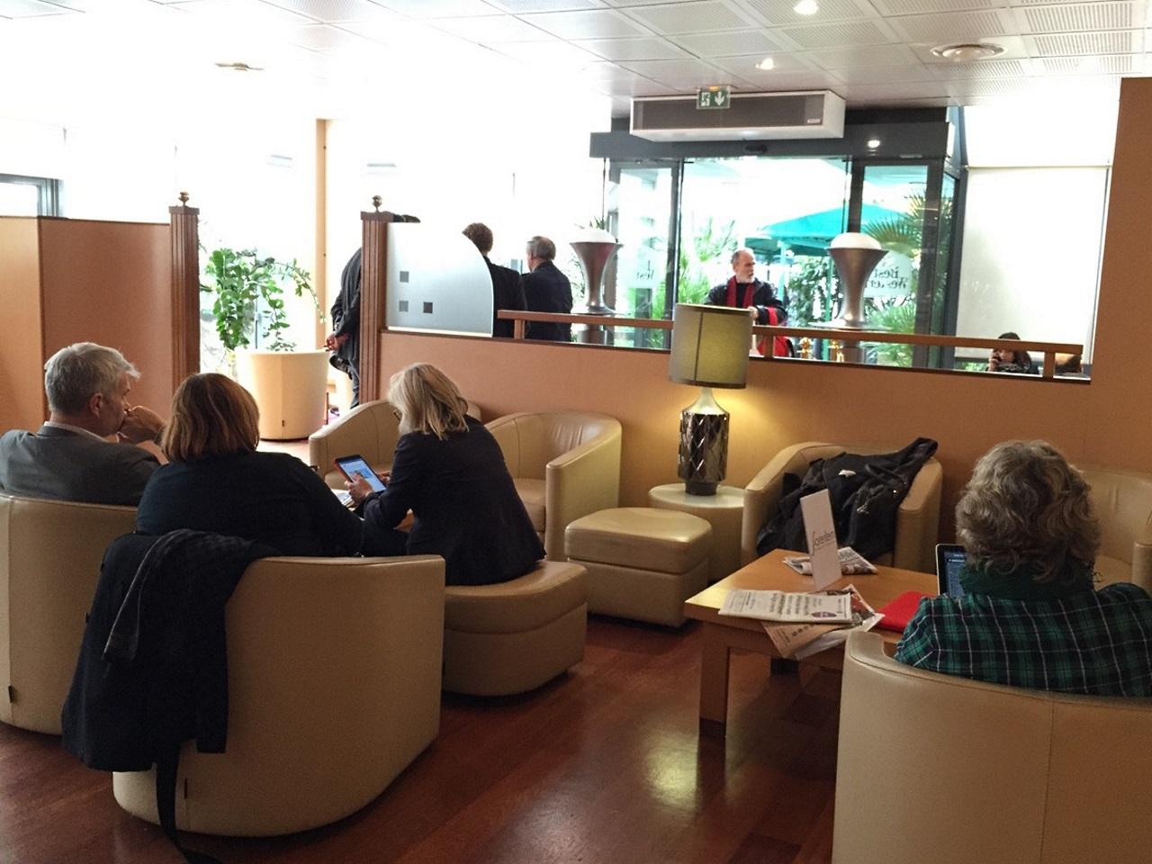 L'attente insoutenable à l'hôtel Le Charlemagne - LyonMag