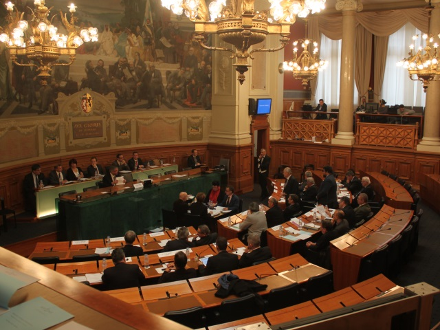 Départementales dans le Rhône : l'UMP en pôle, quid du FN et du PS ?