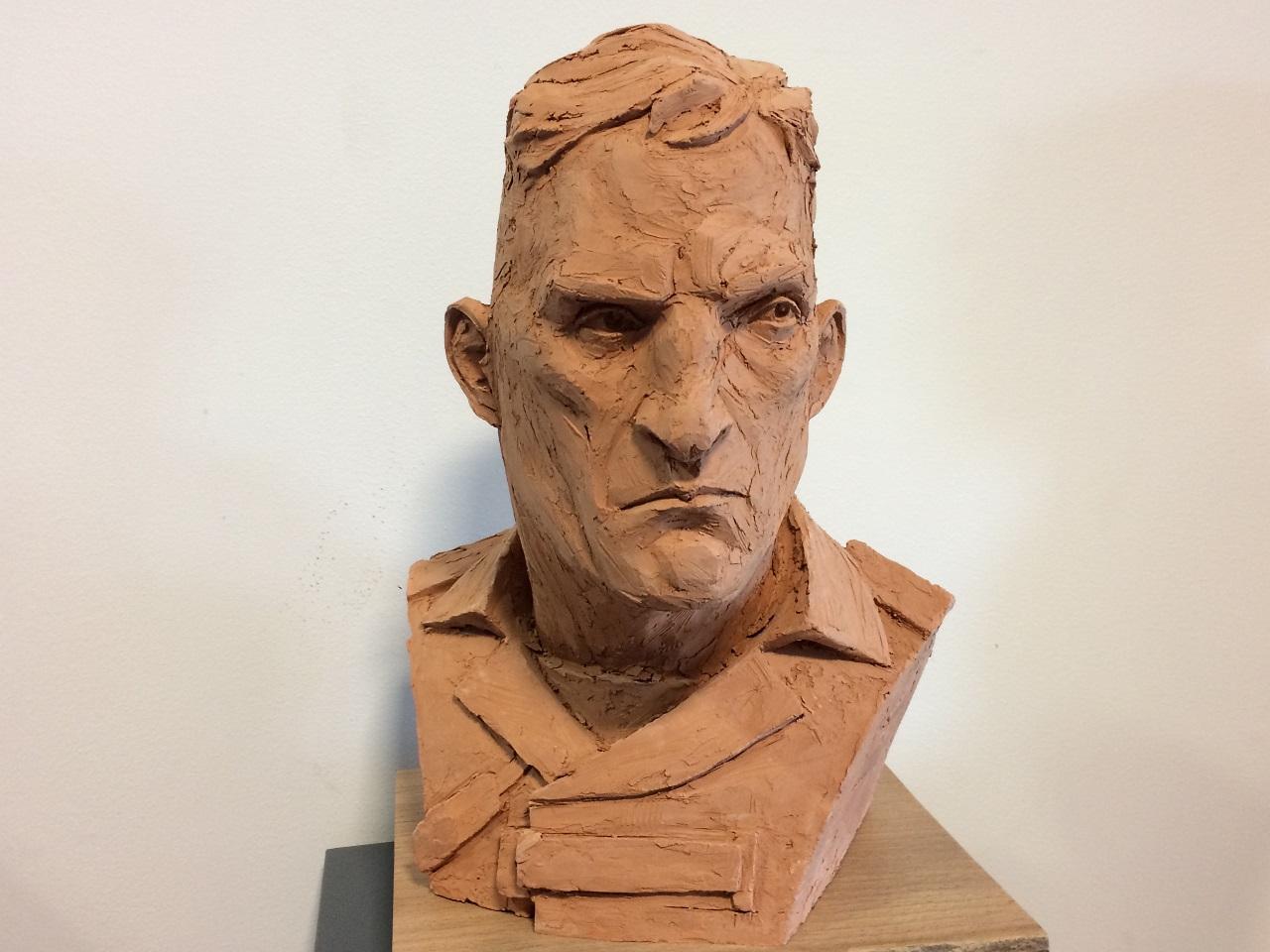 Des personnages sculptés ont ensuite eu droit à participer à une exposition à Paris - LyonMag