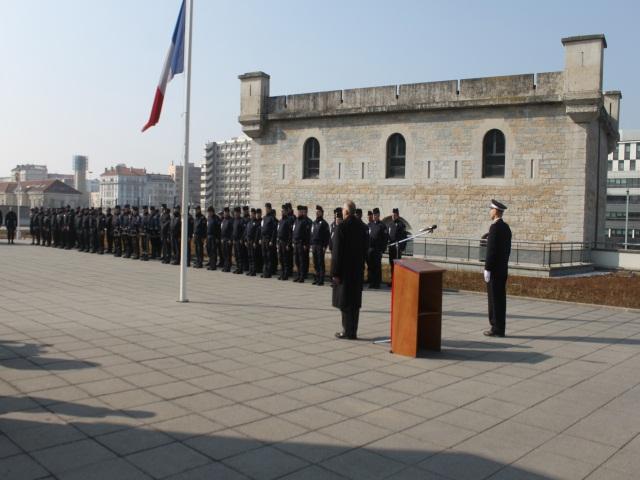 Les policiers lyonnais ont rendu hommage à leurs collègues parisiens décédés