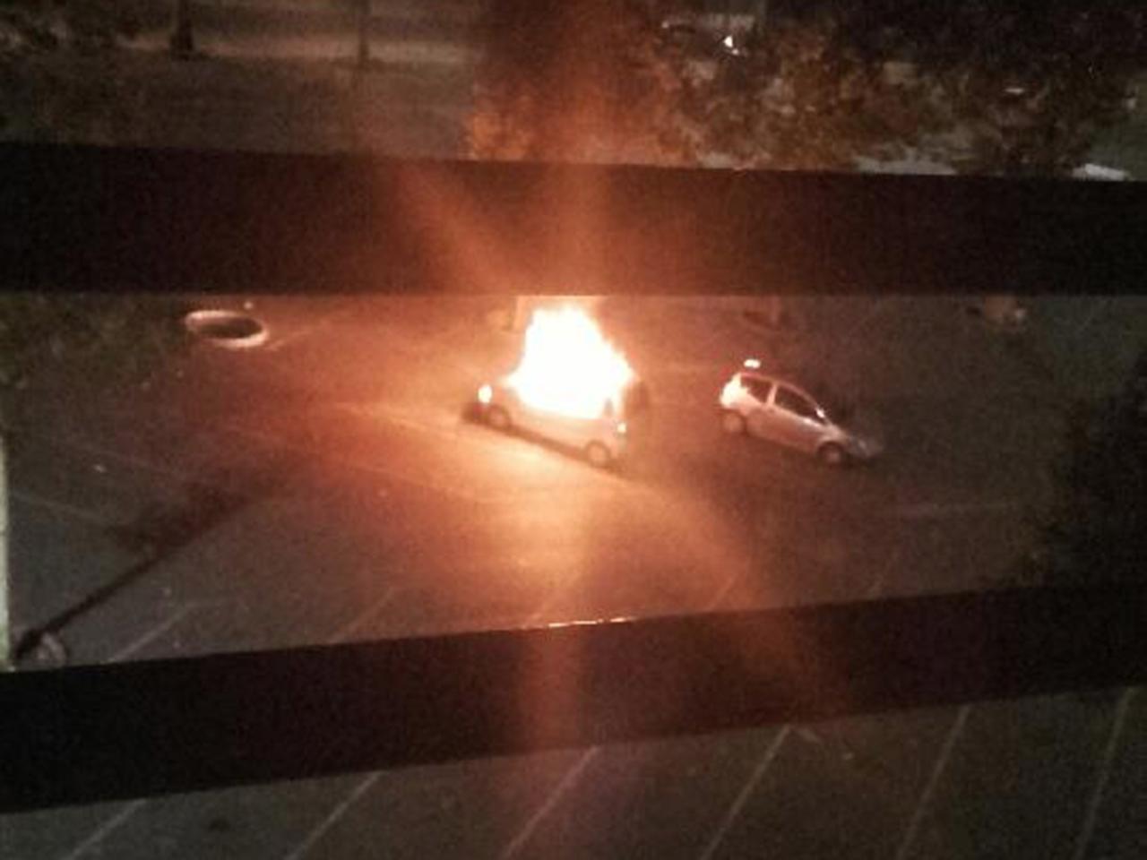 Voiture incendiée le soir du 14 juillet - LyonMag