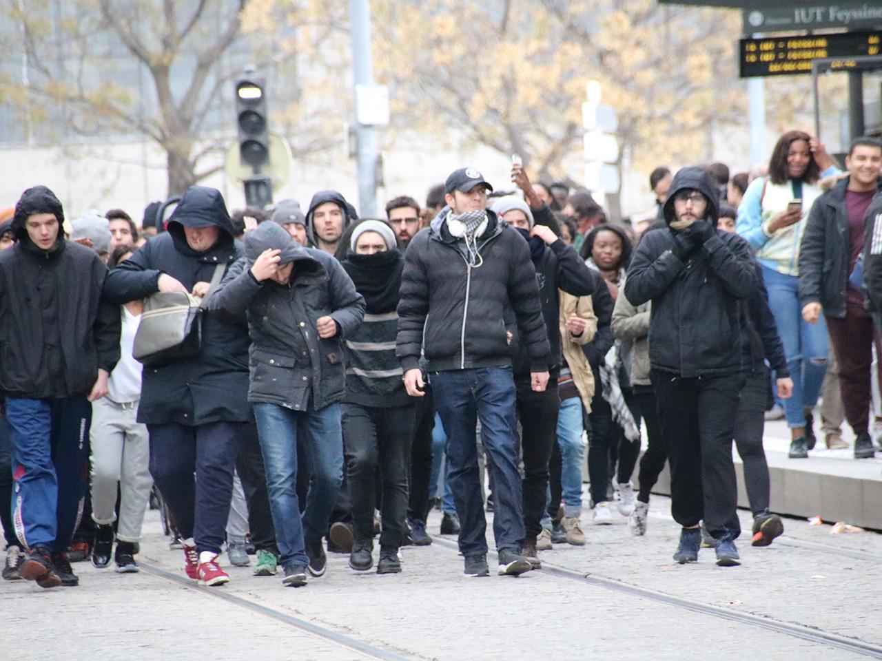 Plus d'une centaine de jeunes à Lyon ce samedi - LyonMag