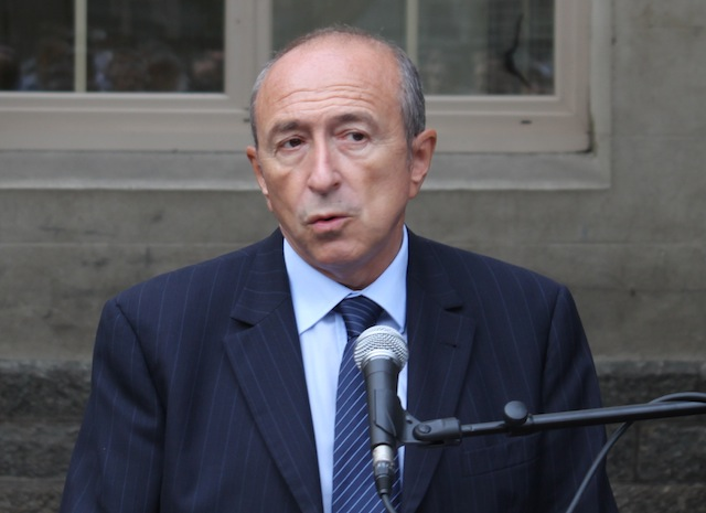"Vote des étrangers : Collomb juge la situation ""franchement regrettable"" en France"