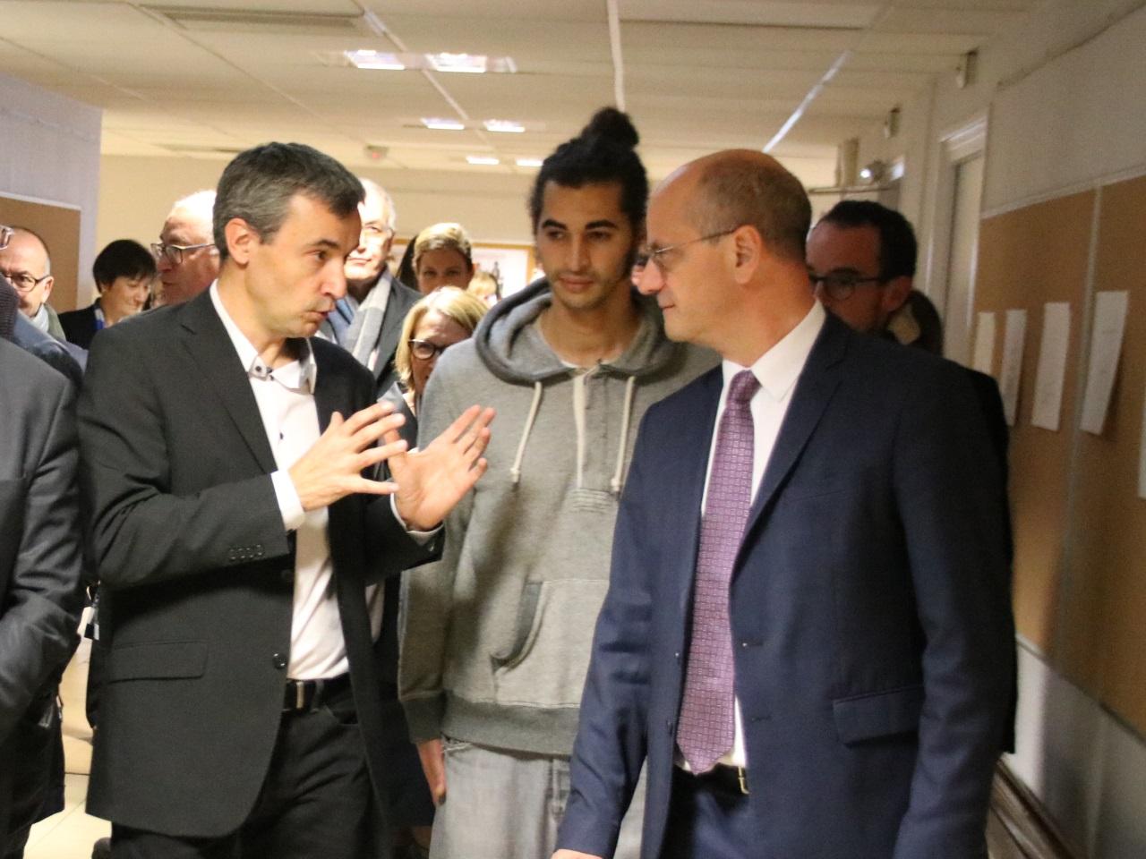 Le ministre avec le directeur d'Elie-Vignal - LyonMag
