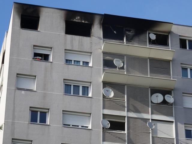 Villeurbanne : violent incendie dans un immeuble de 13 étages