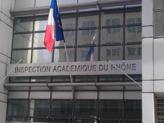 Le personnel d'entretien du Rectorat de Lyon réclame la prime Covid-19