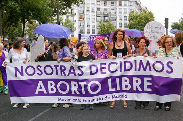 Lyon : Les partis à gauche réaffirment leur soutien à l'IVG