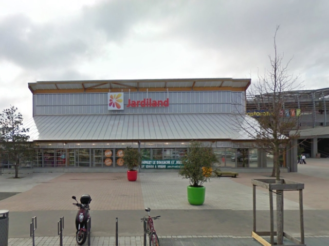 Carre de soie : le magasin Jardiland va fermer