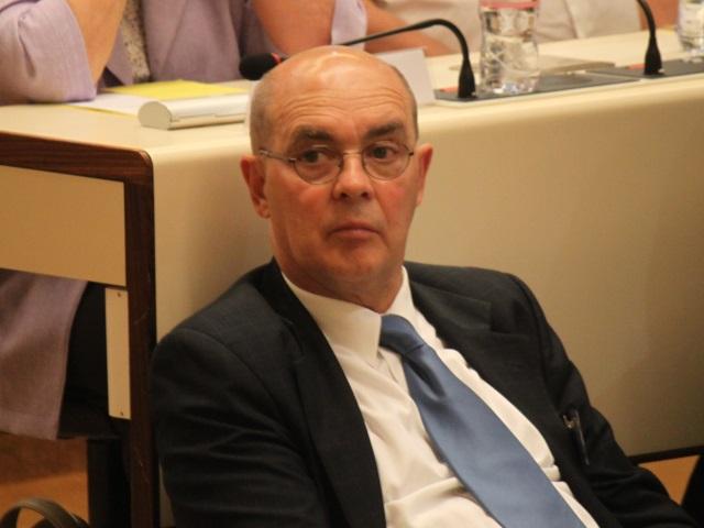 Grand Lyon : le maire d'Albigny-sur-Saône comparé à un pétainiste opportuniste