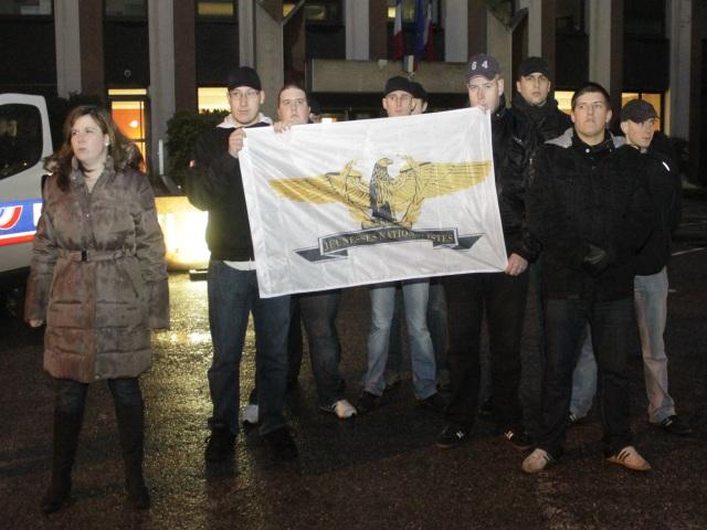 Les Jeunesses Nationalistes protestent devant l'Hôtel de Police de Lyon