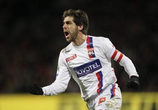 Une réponse la semaine prochaine concernant le retour de Juninho à Lyon ?