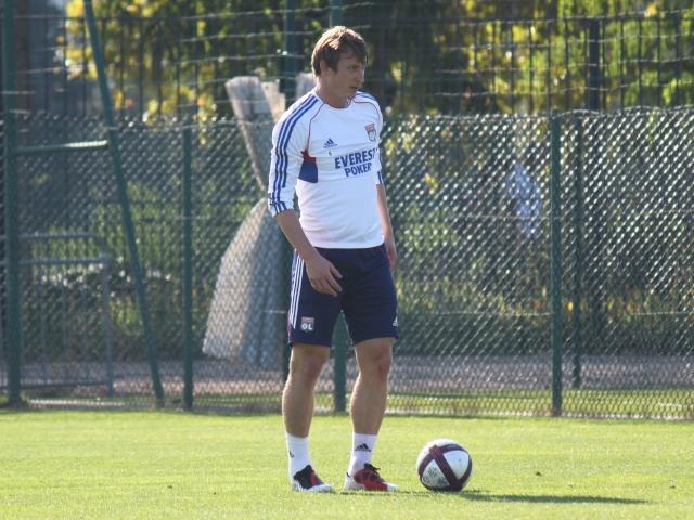 Kim Källström met un terme à sa carrière