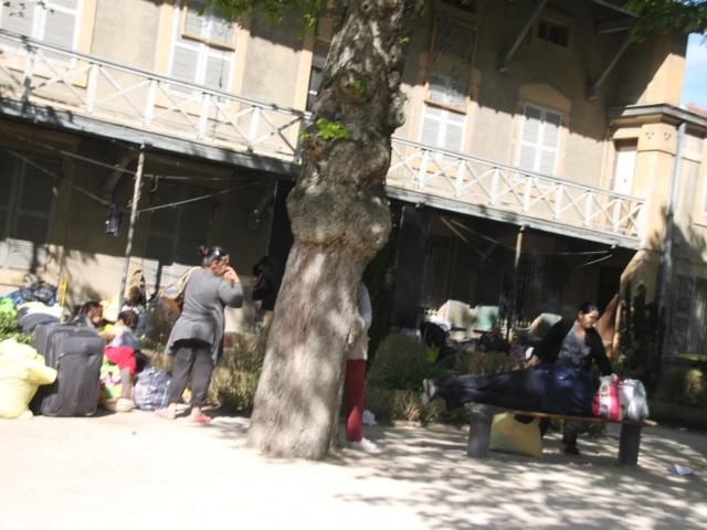 Squat de Gerland : les Kosovars et les Albanais ont passé la nuit à Fourvière