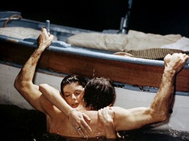 L'amour dans un lieu public tenterait près de 20% des habitants de Rhône-Alpes