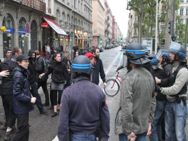 Rassemblement des Jeunesses Nationalistes à Lyon : 25 interpellations ... chez l'extrême-gauche