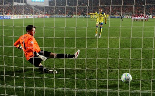 L ol le podium les coupes et les penalties - Finaliste coupe de france europa ligue ...