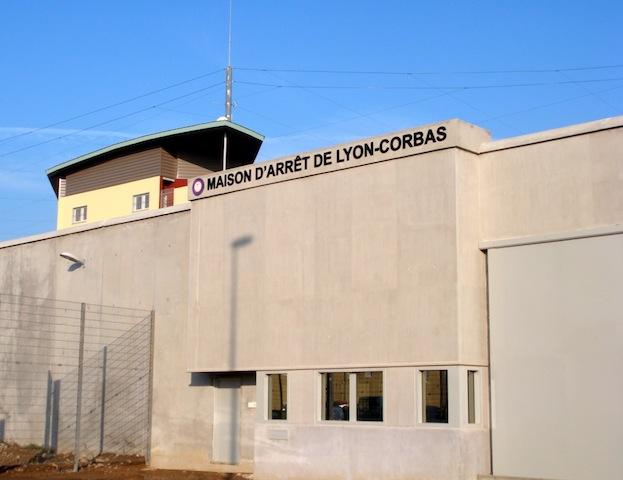Lyon-Corbas : un gardien de prison subit les menaces d'un détenu