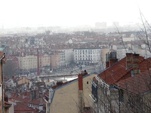 Les militants de Greenpeace investissent Lyon