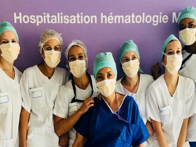 Maillots deux étoiles des Bleus : une équipe de l'hôpital Lyon-Sud se mobilise pour un patient