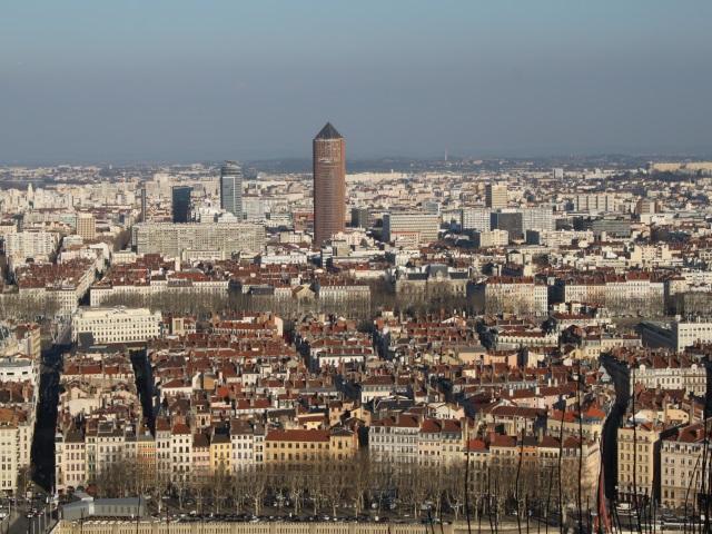 Lyon 9e ville d europe pour les investissements trangers for Piscine de cusset lyon
