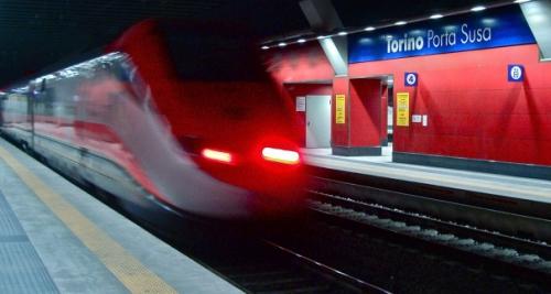 Lyon – Turin : les NO TAV dans le cortège du 1er mai à Chambéry