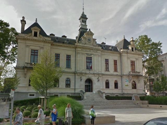 Albanais de Perrache : la mairie d'Oullins taguée jeudi matin
