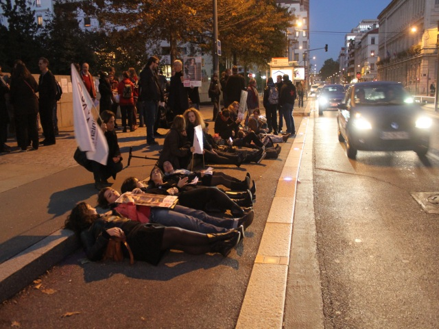 Une manifestation à Lyon contre le verdict du procès des tournantes