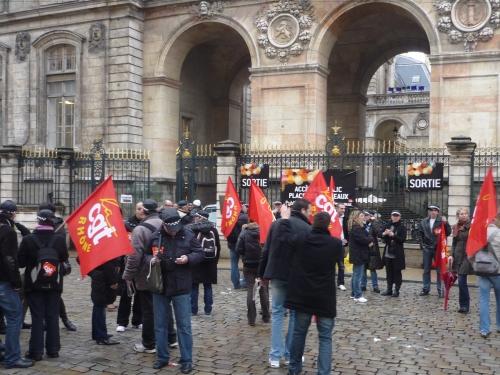 Manifestation des agents du Grand Lyon contre le projet de métropole européenne