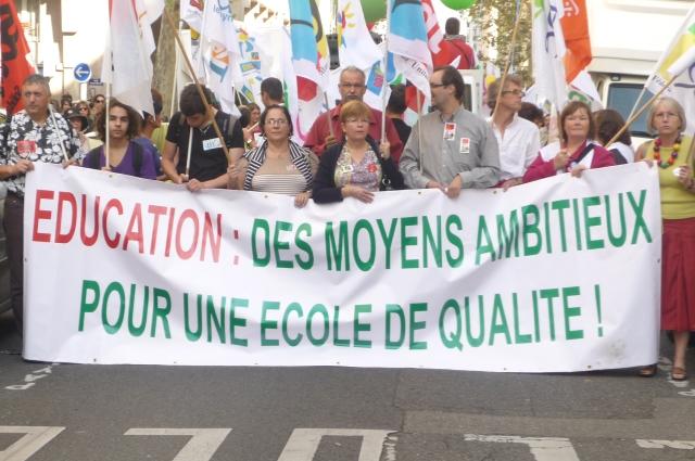 Education : entre 3 000 et 4 500 professeurs ont manifesté mardi à Lyon
