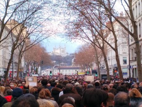 La marche blanche à Lyon après les attentats de Charlie Hebdo - LyonMag