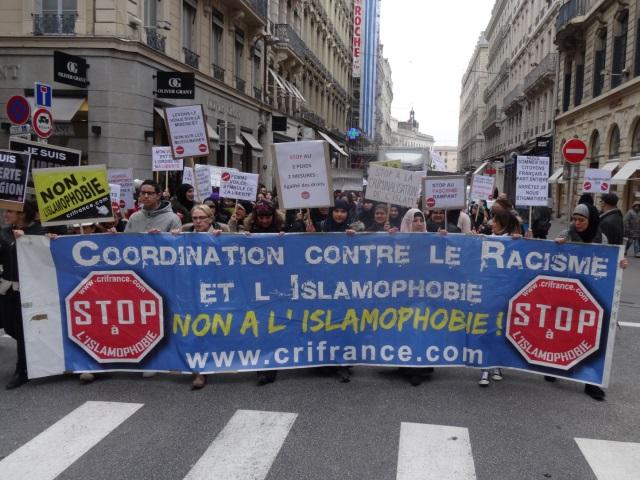 Lyon : plus de 200 personnes ont marché contre l'islamophobie