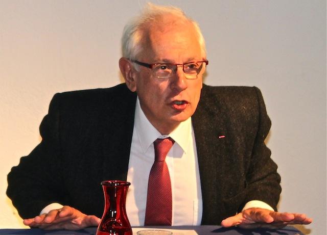 """Législatives à Lyon: Philippe Meirieu évoque ouvertement """"l'annulation du scrutin"""""""