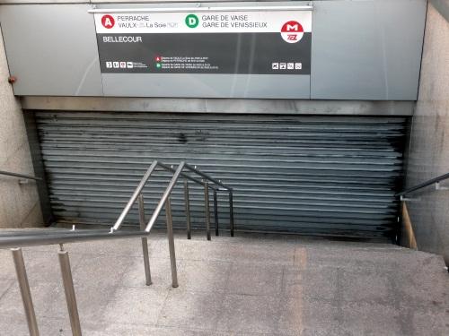 Une journée de mercredi encore difficile dans le métro lyonnais