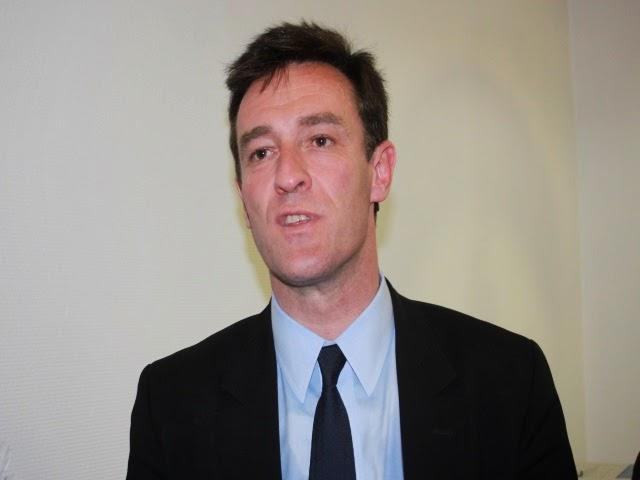 Municipales à Lyon : il avait trouvé le slogan de Collomb en 2008, il soutiendra Havard en 2014
