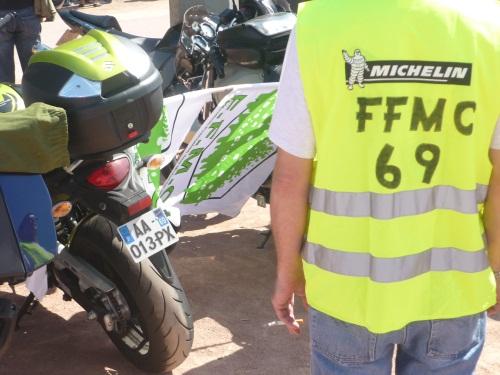Rhône : les motards en colère lancent des actions contre le port du brassard réfléchissant