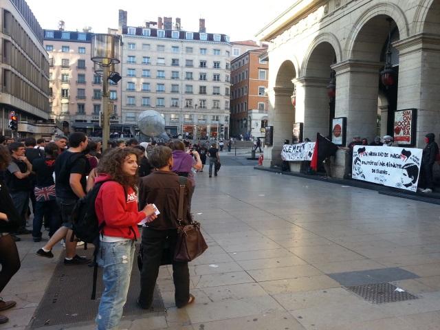 Lyon : plus d'une centaine de personnes pour un hommage à Clément Méric