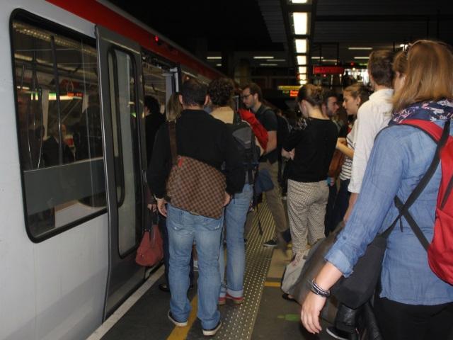 Un dégagement de fumée a perturbé la circulation du métro A