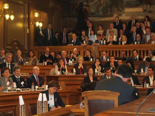 Indemnités, nouvel adjoint et sièges très prisés au menu du conseil municipal de Lyon