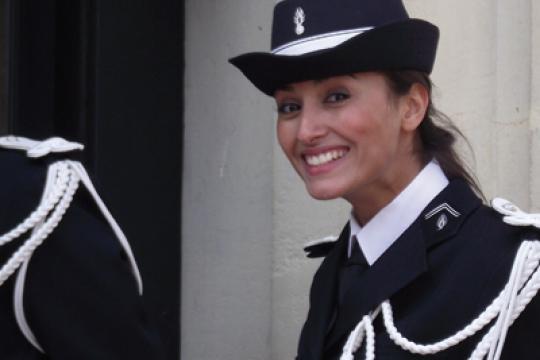 Suicide ou meurtre ? Les proches de la gendarme Myriam Sakhri veulent une nouvelle enquête