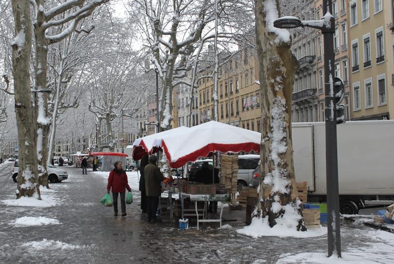 Centre-ville : la neige a vidé Lyon mardi