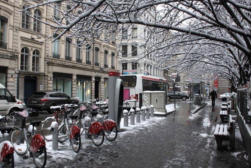 Météo : une accalmie avant le retour de la neige samedi à Lyon