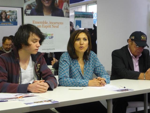 Primaire UMP à Lyon : Nora Berra veut faire de la ligne C3 un tramway