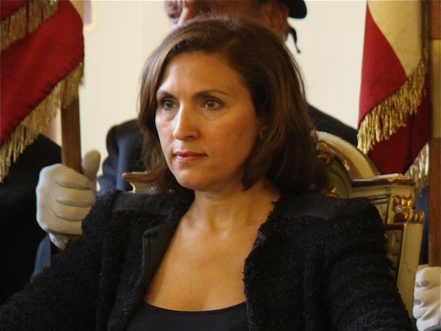 """Nora Berra accuse François Hollande de pratiquer le """"Baiser de Judas"""""""
