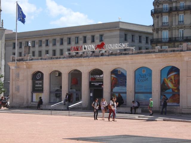 Lyon, 2e ville la plus visitée par les touristes étrangers à Noël