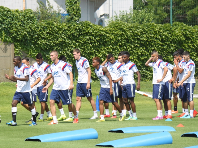 OL : un groupe de 22 joueurs pour la reprise à Tola Vologe